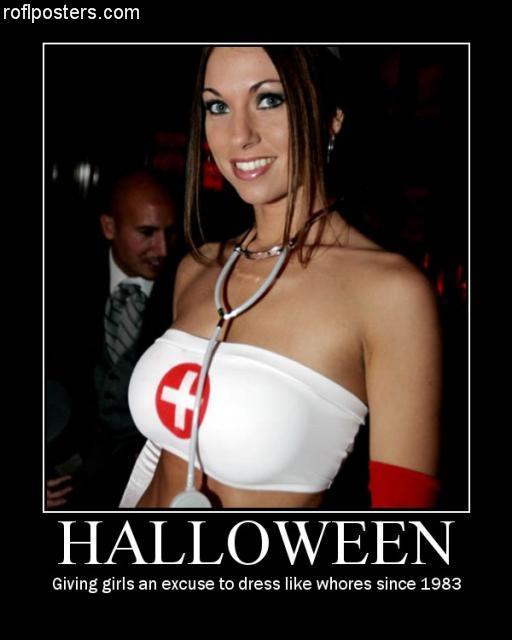Mujer con un disfraz de Halloween
