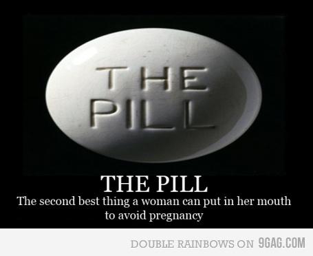 pildora, aborto, religion, boca, mujer, embarazo, this y punto, humor, viñeta